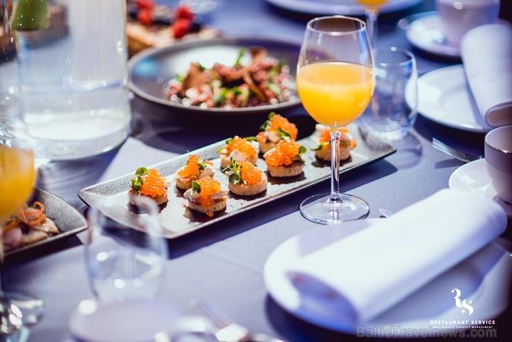 «Restaurant Service» (restorāni - «Bibliotēka Nr.1» un «Kolonāde. Mūsu stāsti») pārvērš Dubultu dzelzceļa staciju par gardēžu paradīzi
