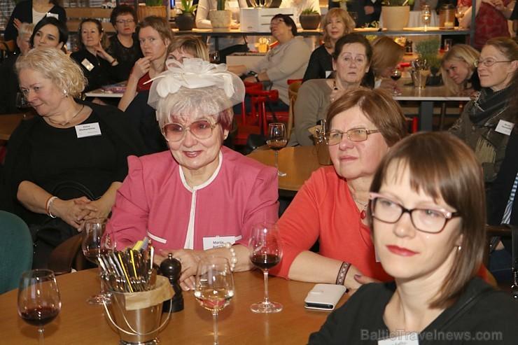 «Baltic Travel Group» pulcē «Park Inn by Radisson Riga Valdemara» vairāk nekā 120 ceļojumu gidu no Baltijas 215292