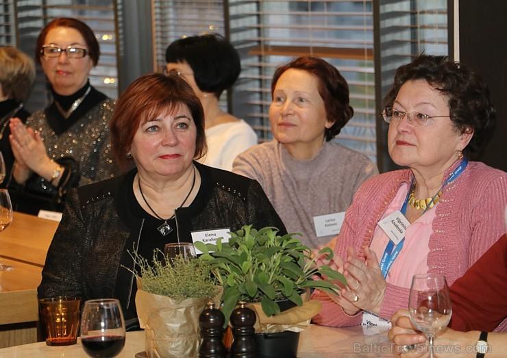 «Baltic Travel Group» pulcē «Park Inn by Radisson Riga Valdemara» vairāk nekā 120 ceļojumu ģidu no Baltijas 215297