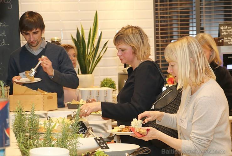 «Baltic Travel Group» pulcē «Park Inn by Radisson Riga Valdemara» vairāk nekā 120 ceļojumu ģidu no Baltijas 215317