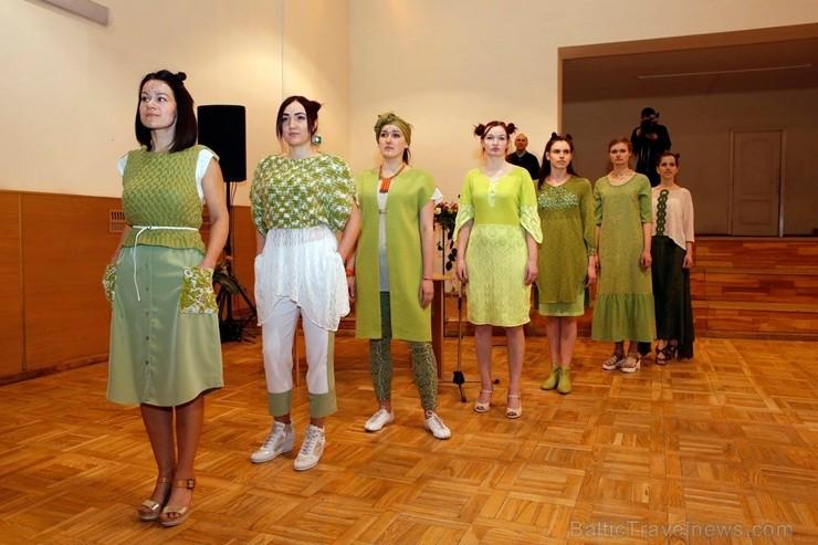 Rēzeknē norisinās «Gada sieviete Rēzeknē 2017», koncerts un modes skate