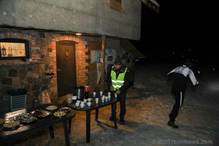 «Sveikuļu nakts» Tukumā pulcē ekstrēmu aktivitāšu atbalstītājus