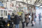 Urbānās Parīzes nekurienes vidū - mākslinieku mājā - meklējams smalks restorāniņš «The Office» 5