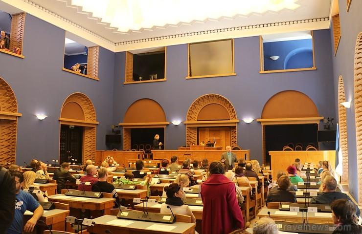 Travelnews.lv kopā ar igauņiem 21.04.2018. apmeklē ikdienā nepieejamo Rīgikogu ēku. Atbalsta: Hotel Schlössle