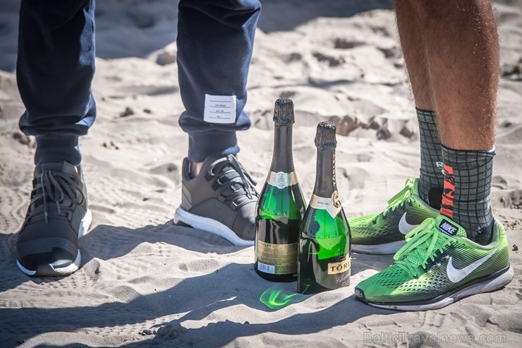 Latvijas aktīvakie cilvēki izbauda ikgadējos «Jūrmalas skriešanas svētkus»