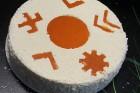 Recepšu grāmata «100 kūkas un 1 svecīte» noderēs katrai svētku galda saimniecei 35
