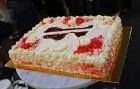 Recepšu grāmata «100 kūkas un 1 svecīte» noderēs katrai svētku galda saimniecei 44