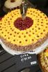 Recepšu grāmata «100 kūkas un 1 svecīte» noderēs katrai svētku galda saimniecei 49