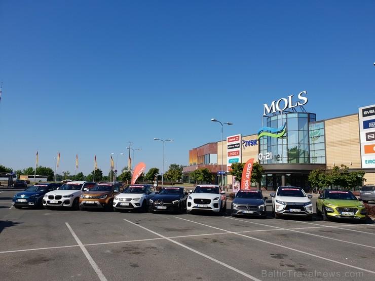 Turaidā izmēģina pirmos 11 «Latvijas Gada auto 2019»  konkursam pieteiktos automobiļus