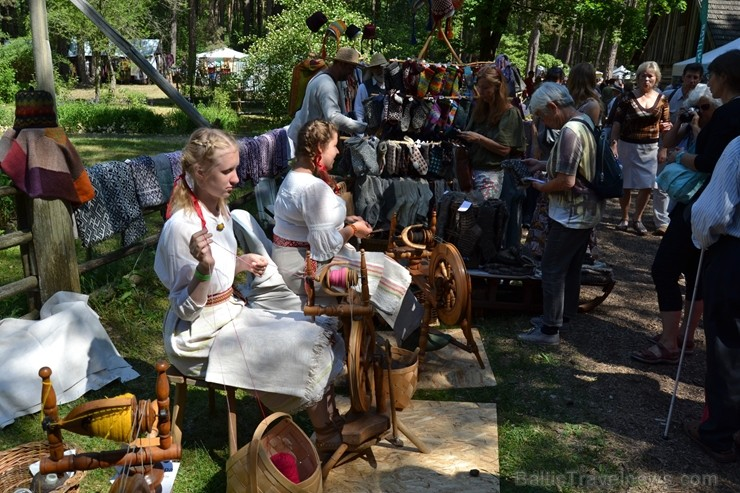 Latvijas Etnogrāfiskajā brīvdabas muzejā Gadatirgus apmeklētāju skaists pārsniedza 36 000 viesu