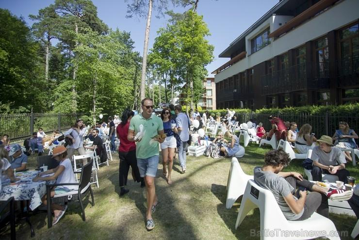 Jūrmalā grandiozi aizvada ielu ēdienu festivālu Gourmet Fair