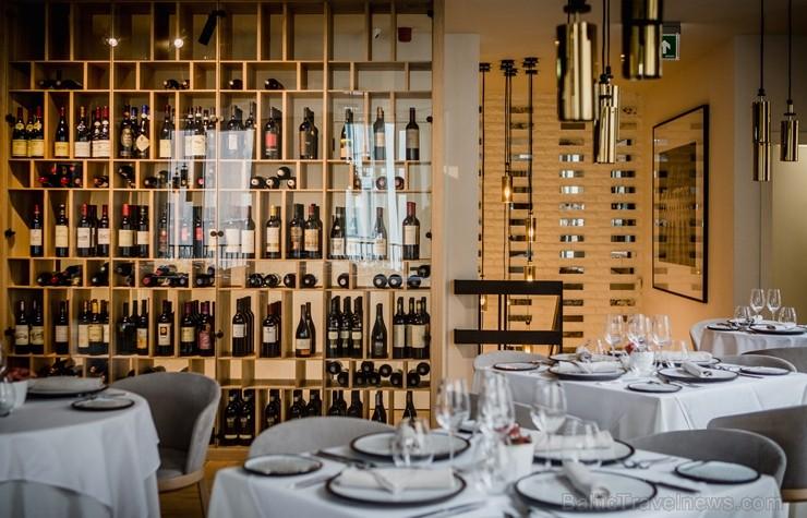 Vecrīgas restorāns «St.Petrus» iepazīstina ar jaunu ēdienkarti