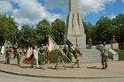 Cēsīs ar kauju rekonstrukciju un dejām, svin Latvijas Uzvaras dienu 4