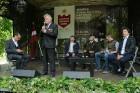 Cēsīs ar kauju rekonstrukciju un dejām, svin Latvijas Uzvaras dienu 18