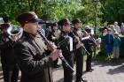 Cēsīs ar kauju rekonstrukciju un dejām, svin Latvijas Uzvaras dienu 51