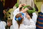 Cēsīs ar kauju rekonstrukciju un dejām, svin Latvijas Uzvaras dienu 57