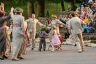Cēsīs ar kauju rekonstrukciju un dejām, svin Latvijas Uzvaras dienu 66