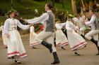 Cēsīs ar kauju rekonstrukciju un dejām, svin Latvijas Uzvaras dienu 76