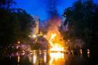 Cēsīs ar kauju rekonstrukciju un dejām, svin Latvijas Uzvaras dienu 99