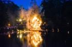 Cēsīs ar kauju rekonstrukciju un dejām, svin Latvijas Uzvaras dienu 100