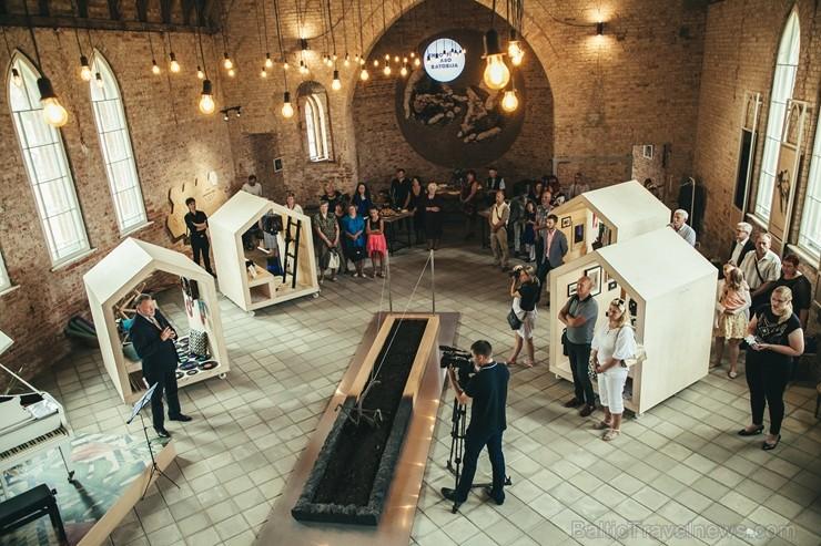 Krāslavas novada Indrā atklāts Latvijā vienīgais Laimes muzejs