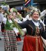 Dziesmu un deju svētku atklāšanas gājiens pulcē Rīgā visus Latvijas novadus (701-800) 9