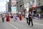 Dziesmu un deju svētku atklāšanas gājiens pulcē Rīgā visus Latvijas novadus (701-800) 38
