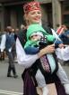 Dziesmu un deju svētku atklāšanas gājiens pulcē Rīgā visus Latvijas novadus (701-800) 47