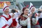 Pirms deju lieluzveduma «Māras zeme» dejotāji uzķer foto mirkļus 30