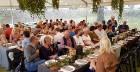 Travelnews.lv 14.07.2018. izbauda «Lejasezera garšas svētki» Zaubē zem Zaubes slavenā dižozola. Bildēts ar Samsung Galaxy Note8 13
