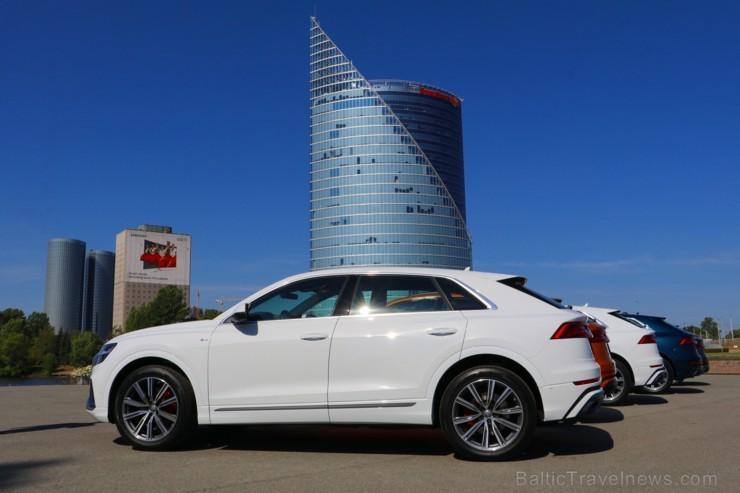 Piecu zvaigžņu viesnīcā «Grand Poet by Semarah Hotels» prezentē jauno «Audi Q8»