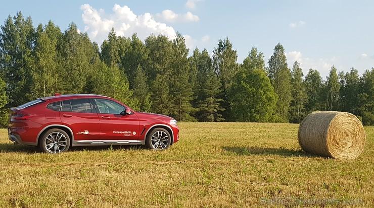 Travelnews.lv apceļo Vidzemi ar jauno «BMW X4» 230460