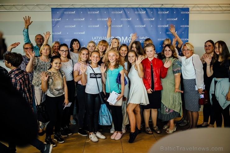 Ar 6000 skolēnu līdzdalību atklāta iniciatīva «Latvijas skolas soma»
