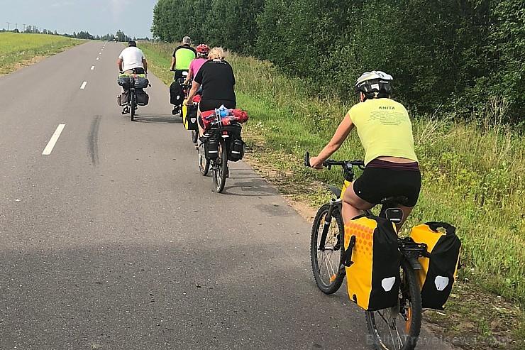 Ar velosipēdiem apceļo pierobežu Baltkrievijā – Daugavas labo krastu