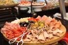 Viesnīcas «Grand Hotel Kempinski Rīga» restorāns «Amber» piedāvā jaunu konceptu «Vēlās brokastis ar ģimeni» 8
