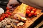 Viesnīcas «Grand Hotel Kempinski Rīga» restorāns «Amber» piedāvā jaunu konceptu «Vēlās brokastis ar ģimeni» 34