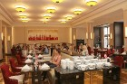 Viesnīcas «Grand Hotel Kempinski Rīga» restorāns «Amber» piedāvā jaunu konceptu «Vēlās brokastis ar ģimeni» 41