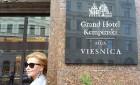 Viesnīcas «Grand Hotel Kempinski Rīga» restorāns «Amber» piedāvā jaunu konceptu «Vēlās brokastis ar ģimeni» 100