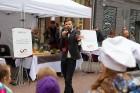 Lai stiprinātu esošās un radītu jaunas putras ēšanas tradīcijas, Starptautiskajā Putras dienā Rīgas centrā vēra vaļā Simtgades putras vēstniecību 3