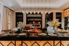 Vecrīgas restorāns «Amber» katru svētdienu piedāvā jaunu konceptu «Vēlās brokastis ar ģimeni». Foto no Aksels Zirnis Photographie 16