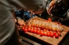 Vecrīgas restorāns «Amber» katru svētdienu piedāvā jaunu konceptu «Vēlās brokastis ar ģimeni». Foto no Aksels Zirnis Photographie 25