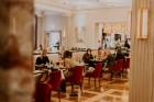 Vecrīgas restorāns «Amber» katru svētdienu piedāvā jaunu konceptu «Vēlās brokastis ar ģimeni». Foto no Aksels Zirnis Photographie 37