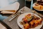 Vecrīgas restorāns «Amber» katru svētdienu piedāvā jaunu konceptu «Vēlās brokastis ar ģimeni». Foto no Aksels Zirnis Photographie 42