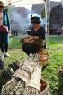 Katra oktobra otrajā sestdienā Valmieras rātslaukumā pilsētas viesi tiek aicināti uz pamatīgu andeli tradicionālajā Simjūda gadatirgū, kas vēsturiski  4
