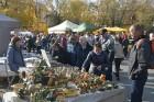 Katra oktobra otrajā sestdienā Valmieras rātslaukumā pilsētas viesi tiek aicināti uz pamatīgu andeli tradicionālajā Simjūda gadatirgū, kas vēsturiski  13