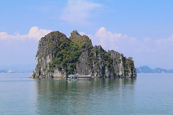Travelnews.lv ar kruīzu kuģi dodas divu dienu ceļojumā uz Halongas līci Vjetnamā. Sadarbībā ar 365 brīvdienas un Turkish Airlines 235281
