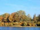 Rudenīgā laivu braucienā pa Sauso Daugavu tika apskatīti abi krasti Ķekavas un Salaspils novados. 17