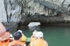 Travelnews.lv ar vjetnamiešu laivu Halongas līcī apciemo savvaļas pērtiķus. Sadarbībā ar 365 brīvdienas un Turkish Airlines 2
