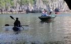 Travelnews.lv ar vjetnamiešu laivu Halongas līcī apciemo savvaļas pērtiķus. Sadarbībā ar 365 brīvdienas un Turkish Airlines 5