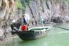 Travelnews.lv ar vjetnamiešu laivu Halongas līcī apciemo savvaļas pērtiķus. Sadarbībā ar 365 brīvdienas un Turkish Airlines 6